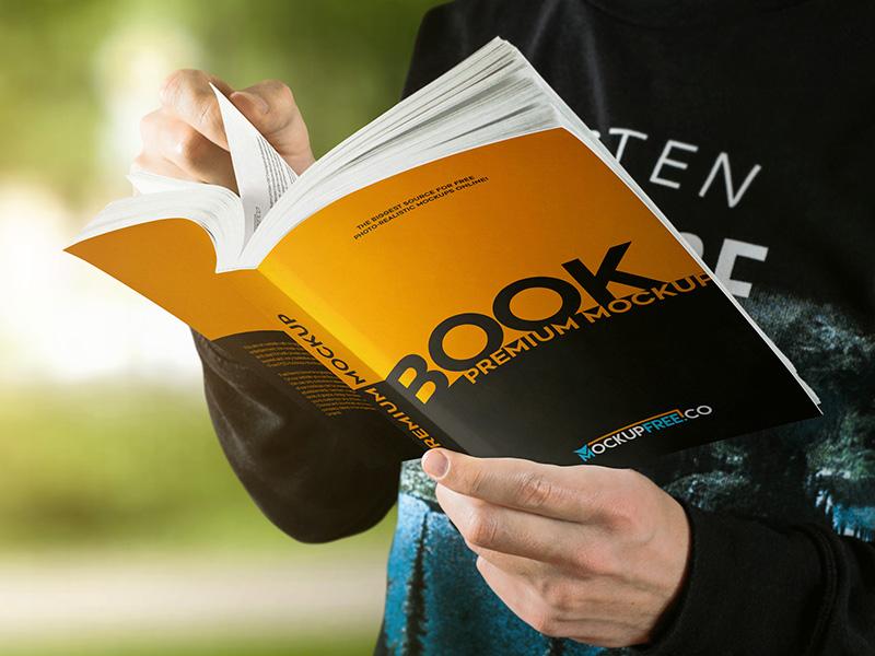e9af3dbcc11bd78f04fb930c5e9f8fd8 - Paperback Book – 10 Free PSD Mockups