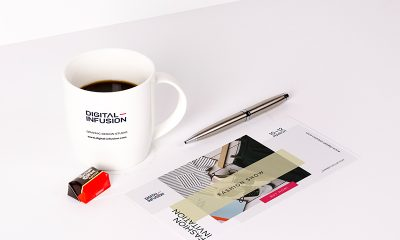 f5c4a09f58c96020b58beff0cfdb5db9 400x240 - FREE — DL Invitation & Coffee Mug Mock-up